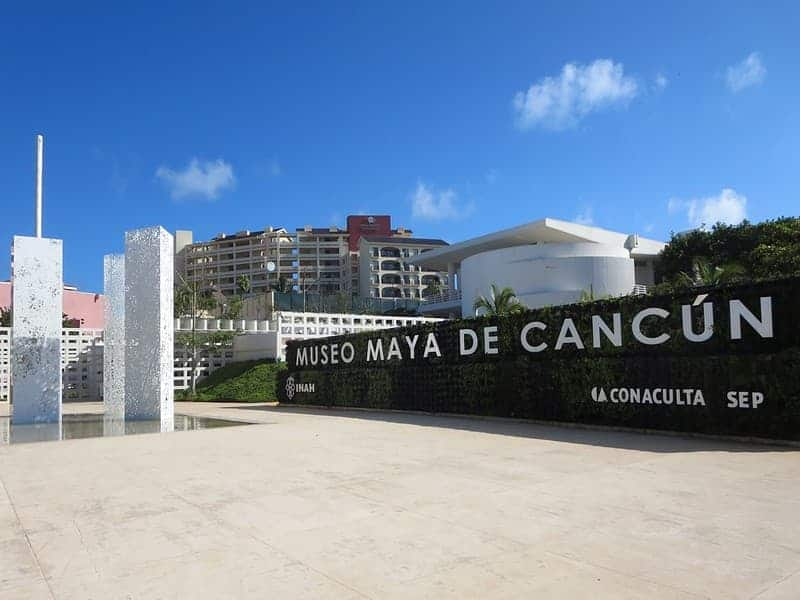 Cancún-Con-Lluvia