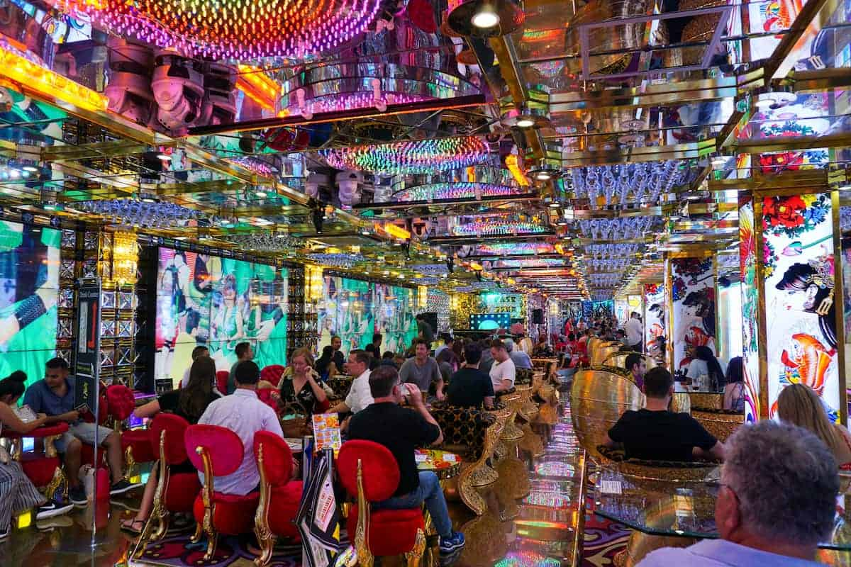 restaurantes-temáticos-de-Tokio