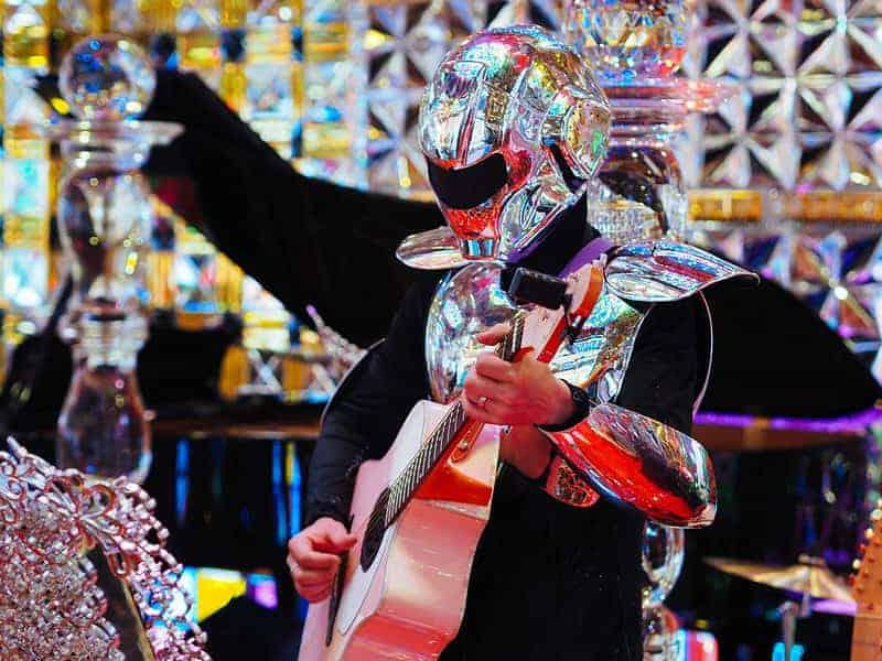 Robot Restaurant, Uno De Los Mejores Restaurantes En Tokio Elegido Por Su Temática
