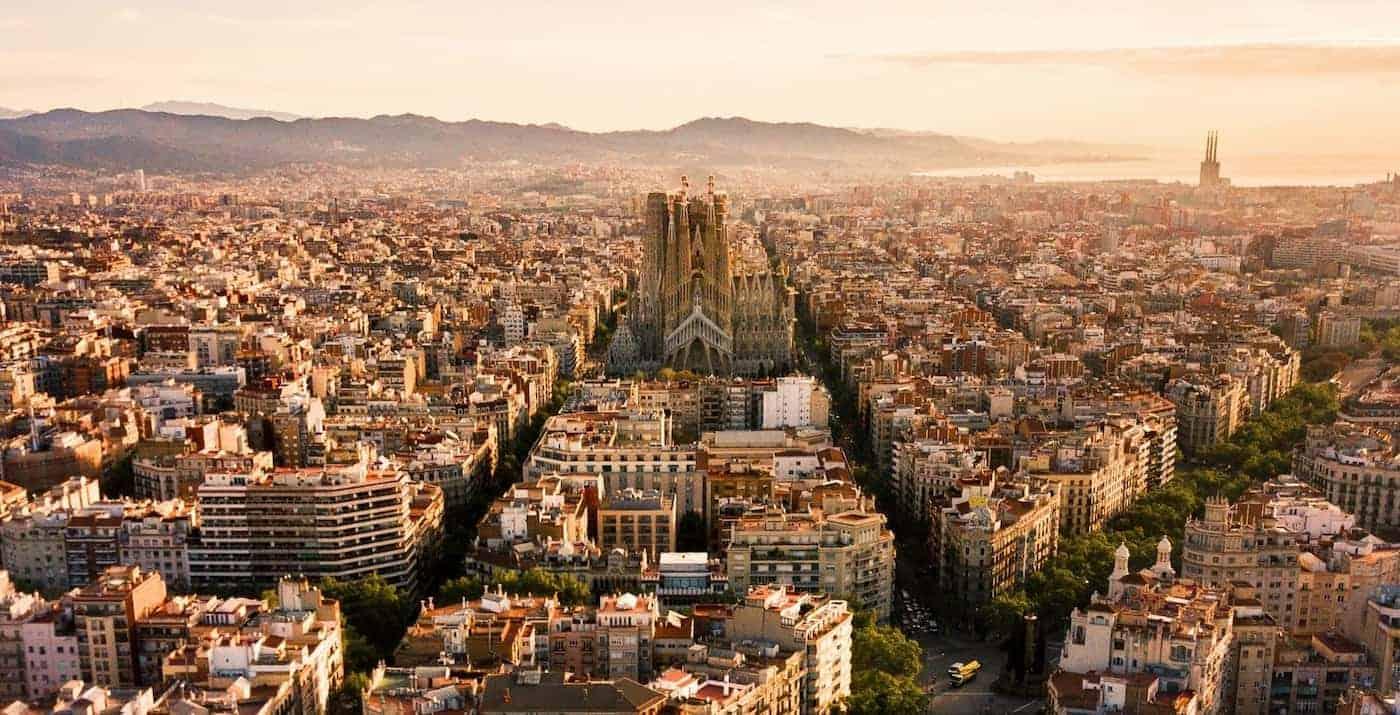 España avanza en una nueva visa especial para nómadas digitales y esto es lo que se sabe hasta el momento