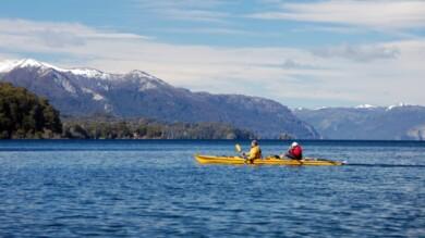 que-hacer-en-argentina-kayak-nahuel-huapi