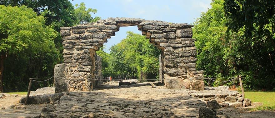 6. Ruinas Mayas De San Gervasio, Una Gran Oportunidad De Visitar Ruinas Mayas En Cozumel
