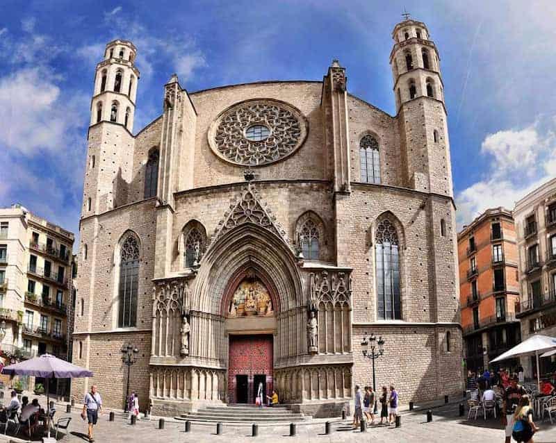 Cosas Para Hacer En Barcelona En 2 Días - Catedral Del Mar