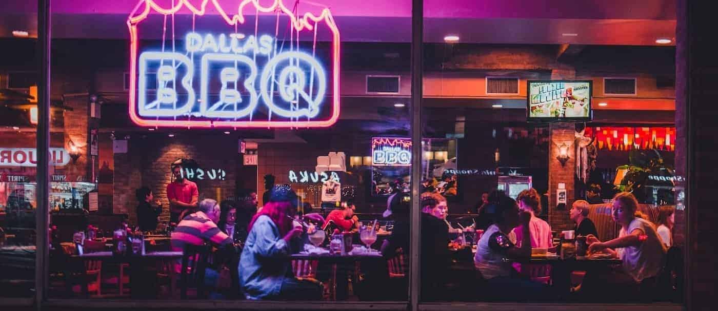Nueva York va a incorporar un pase sanitario para ingresar a espacios públicos cerrados
