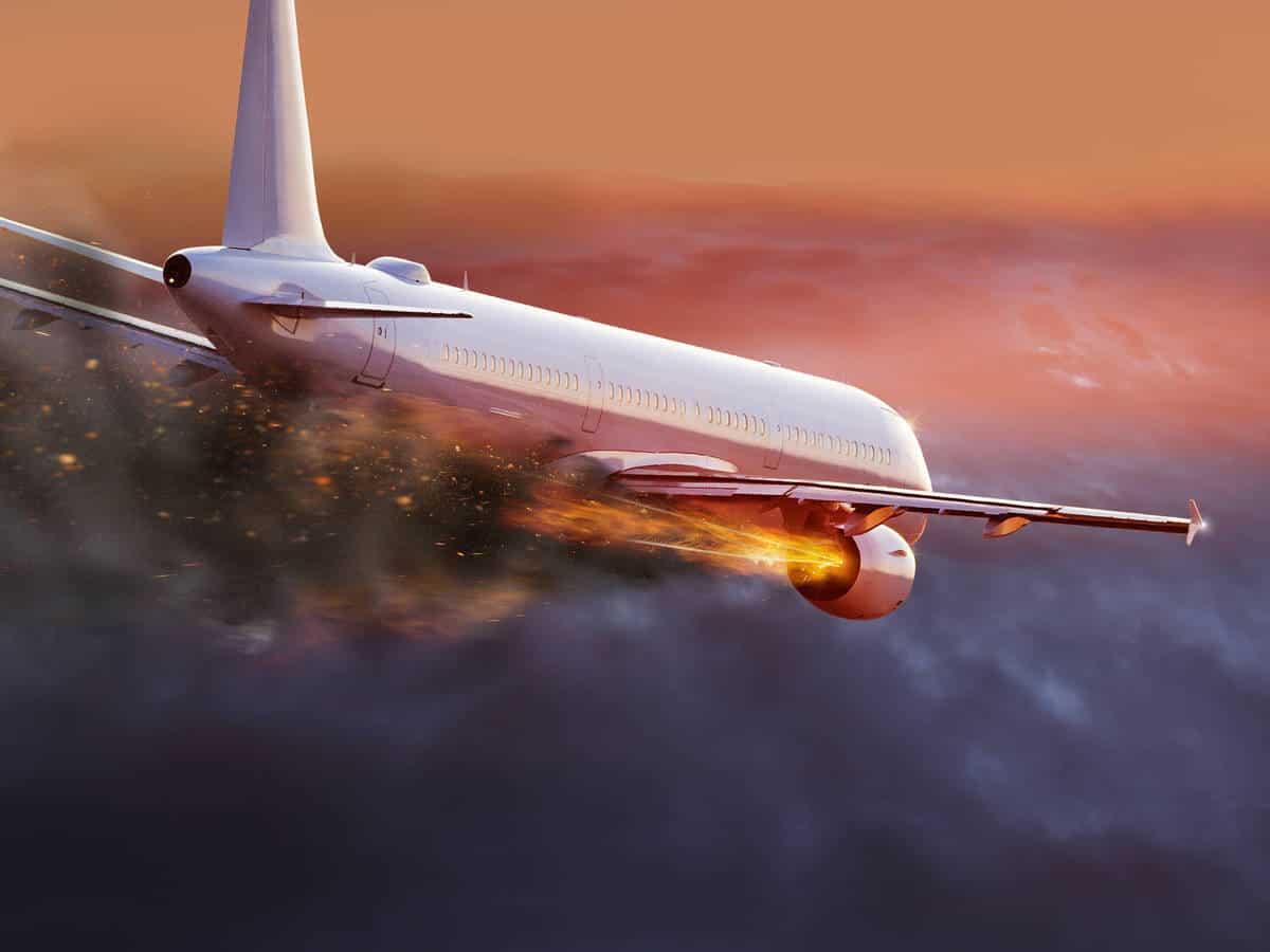 qué hacer ante una emergencia en un avion