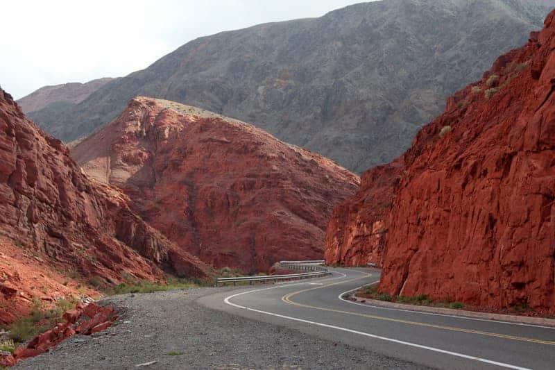 Maravillas Ocultas De Argentina 2: Ruta De Los Seismiles