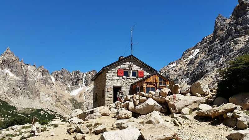 10 Cosas Que Hacer En Bariloche Sin Nieve: Trekking Al Refugio Freyz