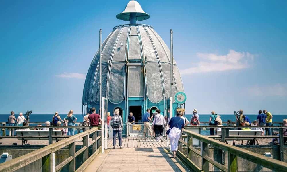 Alemania Estos ascensores submarinos en el mar Báltico permiten a los viajeros descubrir las profundidades del océano-6