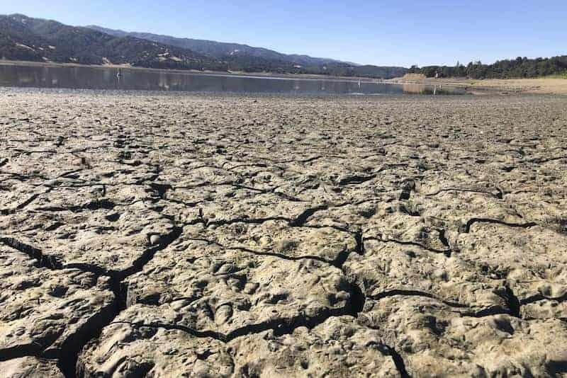 Extrema Sequía En El Lago Mendocino
