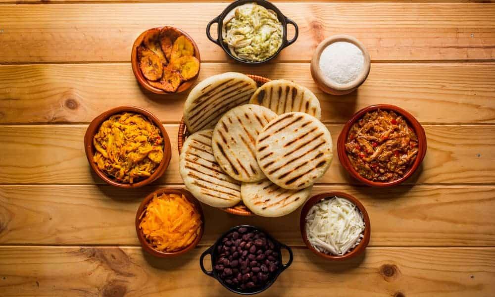 Cómo Preparar Arepas: Uno De Los Platos Más Populares De La Gastronomía Latinoamericana