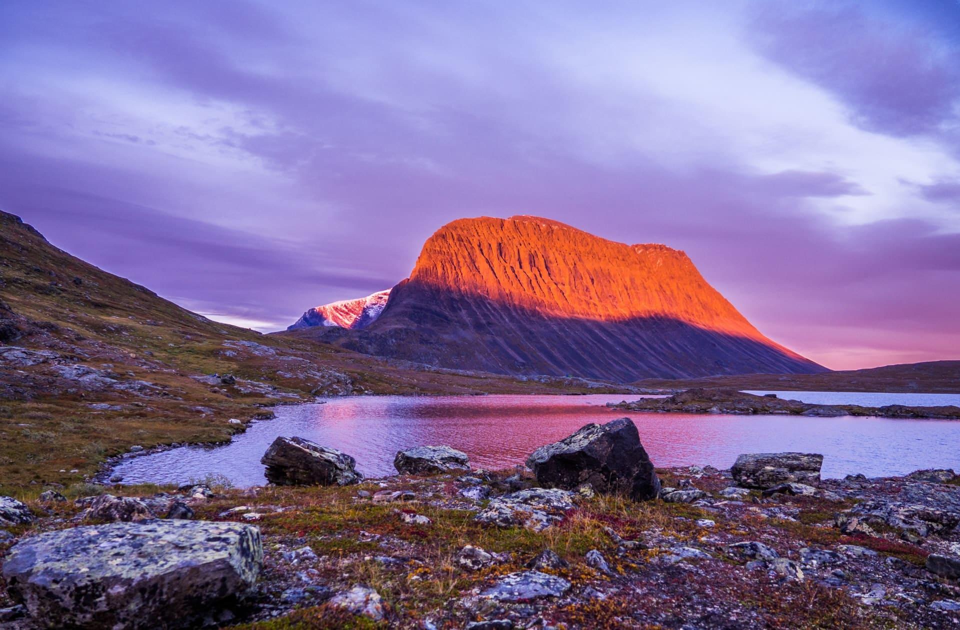 Una montaña de Suecia perdió 2 metros de altura en un año