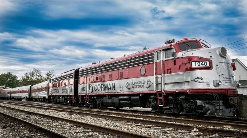 Este Tren Con Vagones De 1940 Te Llevará A Beber Whisky En Estados Unidos Durante Un Recorrido De 36 Millas