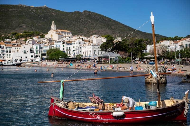 Pueblos Más Bonitos De La Costa Brava- Cadaqués