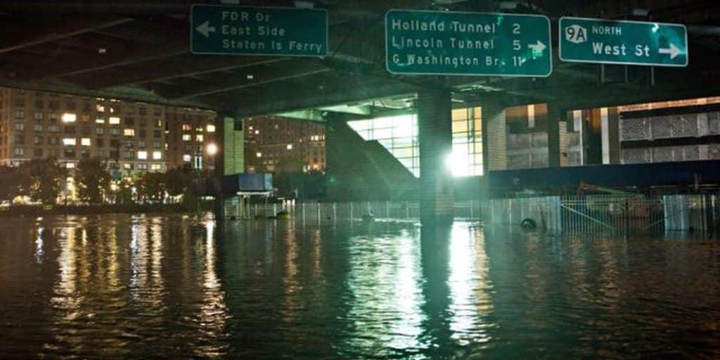 Nueva York Declara Estado De Emergencia Tras Fuertes Lluvias Ocasionadas Por Los Restos Del Huracán Ida