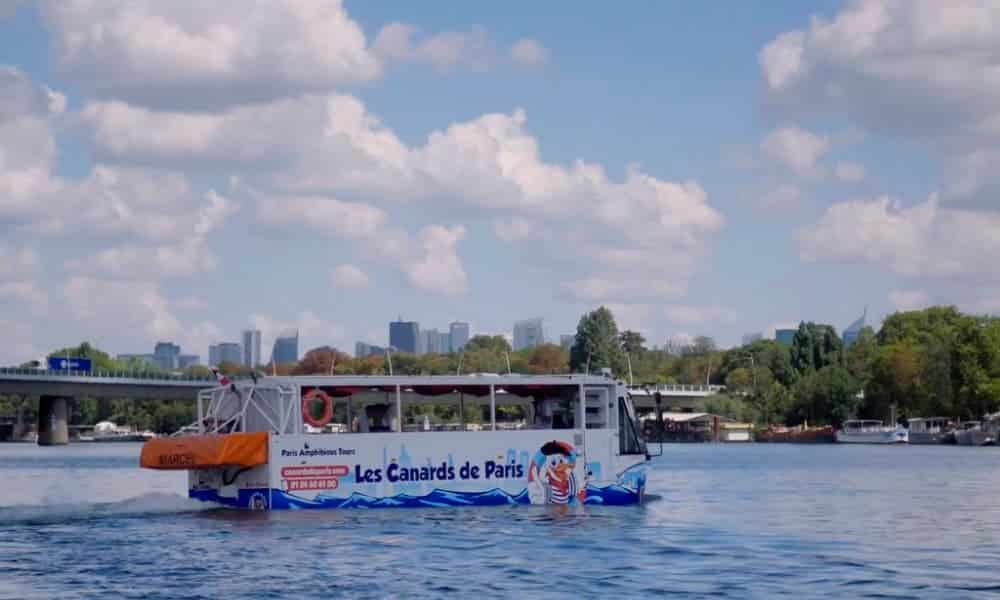 París Este nuevo colectivo anfibio permite recorrer la ciudad de París y surcar las aguas del río Sena-5