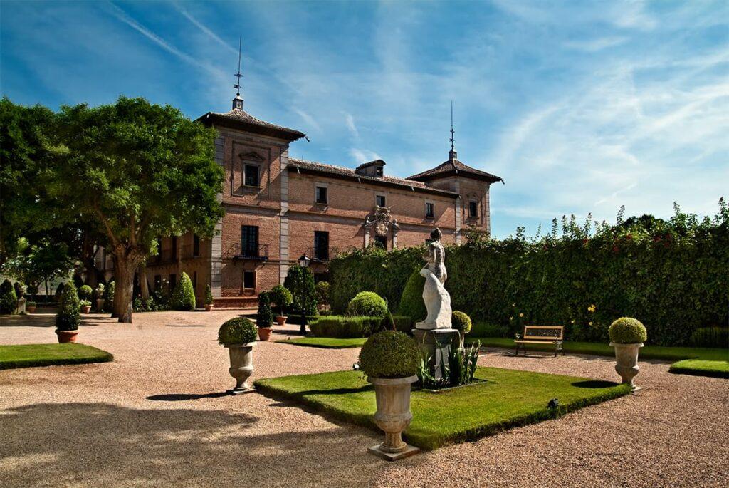 Madrid Lanza Visitas Guiadas Gratuitas Y Conciertos Que Permitirán Acceder A 23 Palacios De Septiembre A Diciembre
