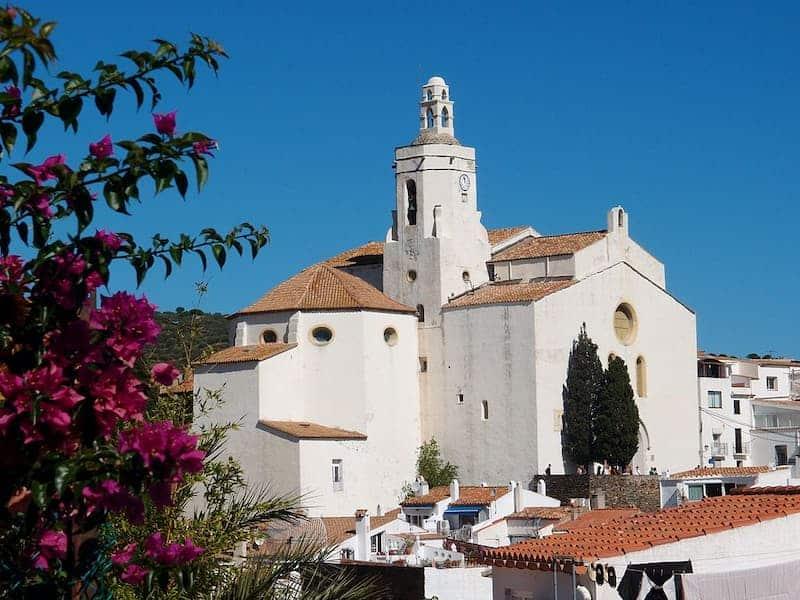Qué Ver En Cadaqués Y Alrededores - Iglesia Santa María De Cadaqués