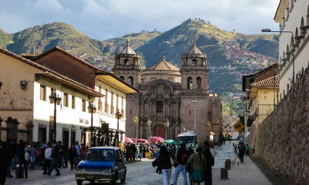 Perú elimina requisitos de cuarentena y test PCR negativo para viajeros vacunados