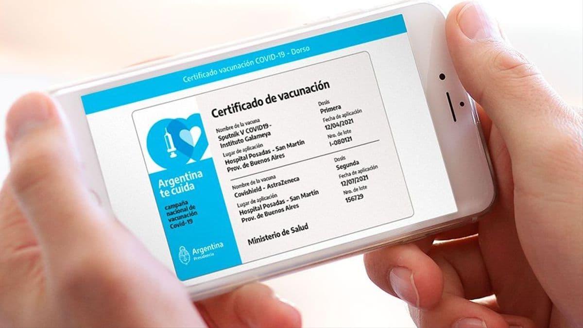Argentina presenta la credencial de vacunación digital que servirá como acreditación internacional de vacunación contra el COVID-19