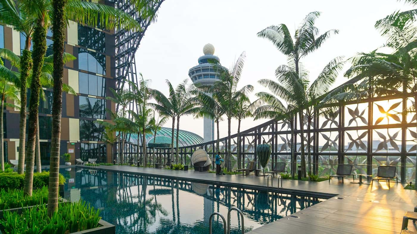 Crowne Plaza Changi Airport Un moderno hotel 5 estrellas situado al lado del aeropuerto de Changi