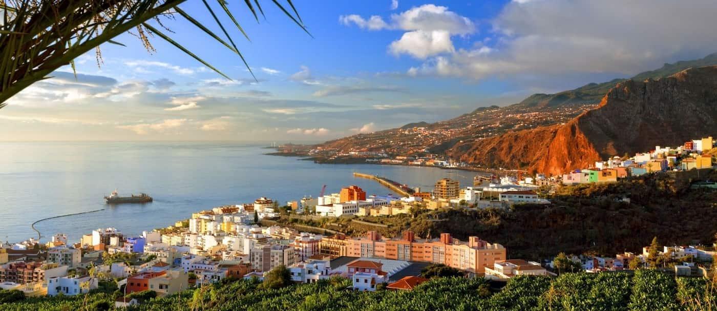 Lanzan alerta en Islas Canarias por posible erupción volcánica