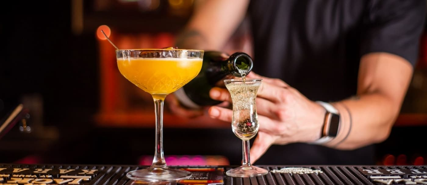 Los Ángeles solicitará certificado de vacunación para ingresar a bares y clubes nocturnos