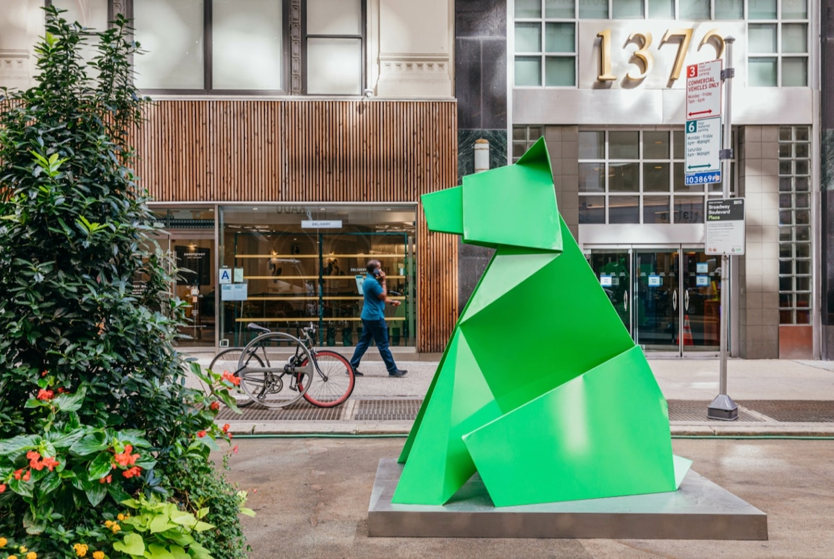 hacer-transformations-giant-origami-sculpture-garment-district-nyc-4