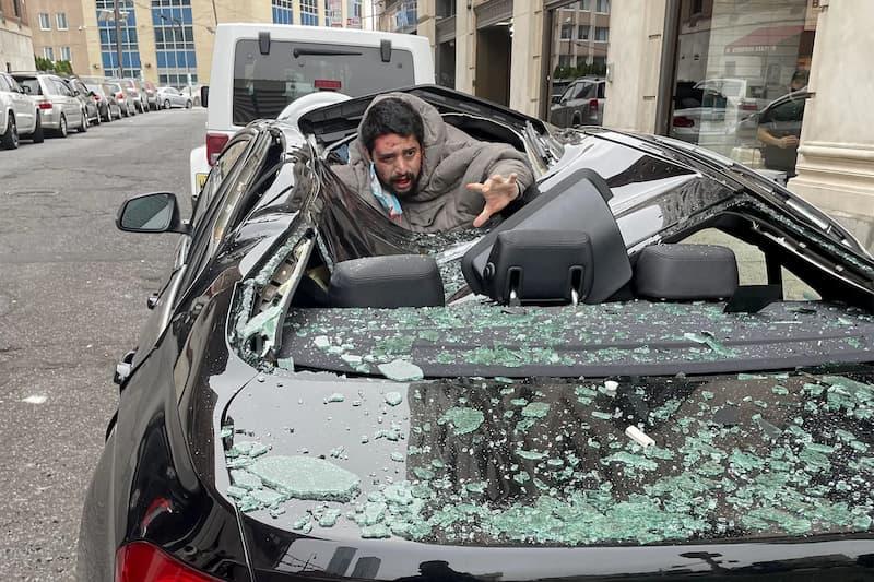 Un Hombre Cayó Desde El Noveno Piso En Un Auto